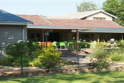 Itumeleng Guest House weekend getaway image 1